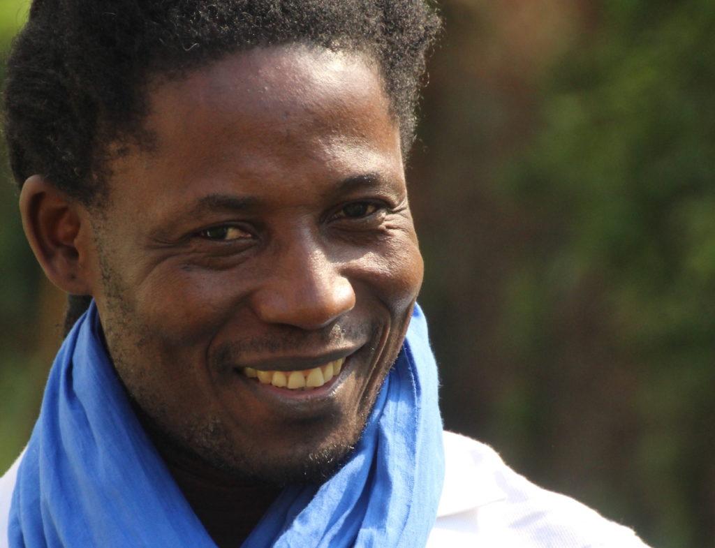 Eric Delphin Kwégoué et sa résidence sur le territoire